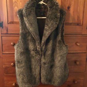 Xenon Faux Fur Vest - XL
